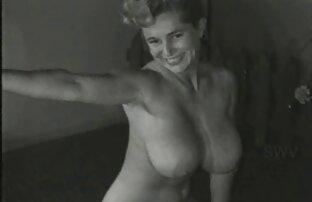 صورت و مارس الجنس من مقطع سكس حصان قبل سيارة رياضية