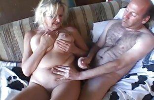 ثلاث سكس حيوانات في العالم سحاقيات دعوة رجل لممارسة الجنس