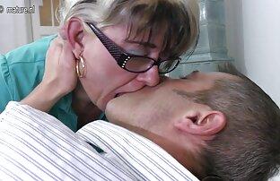 ممرضة نيكي بنز هو ارضاء افلامسكس حيونات حبيبها