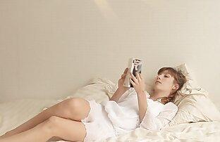 فتاة تحميل فيديو سكس حيوانات صغيرة تمتد الكراك نفسها